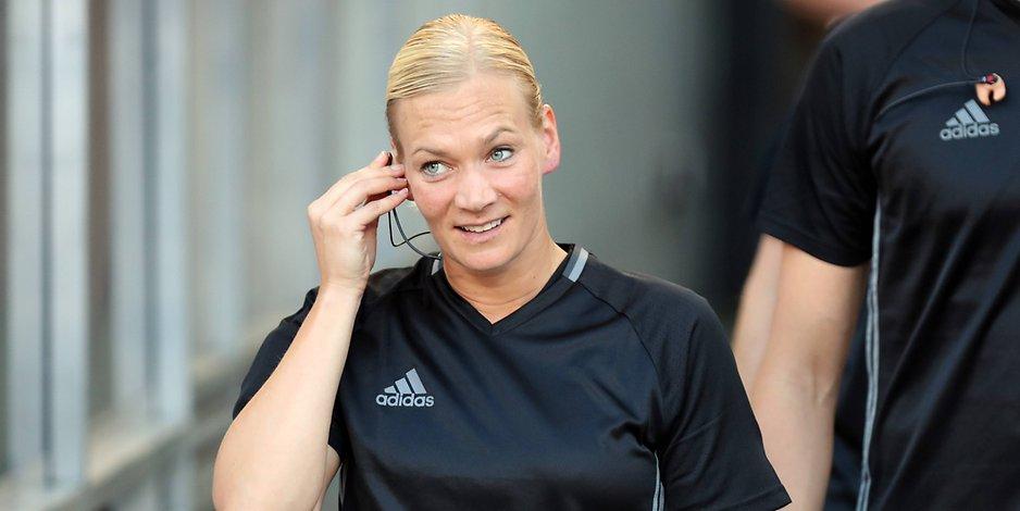 Bibiana Steinhaus, arbitro