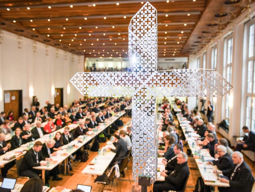 """Una Chiesa tedesca o Chiesa in Germania? Pensieri sul """"Cammino sinodale"""" dei cattolicitedeschi"""